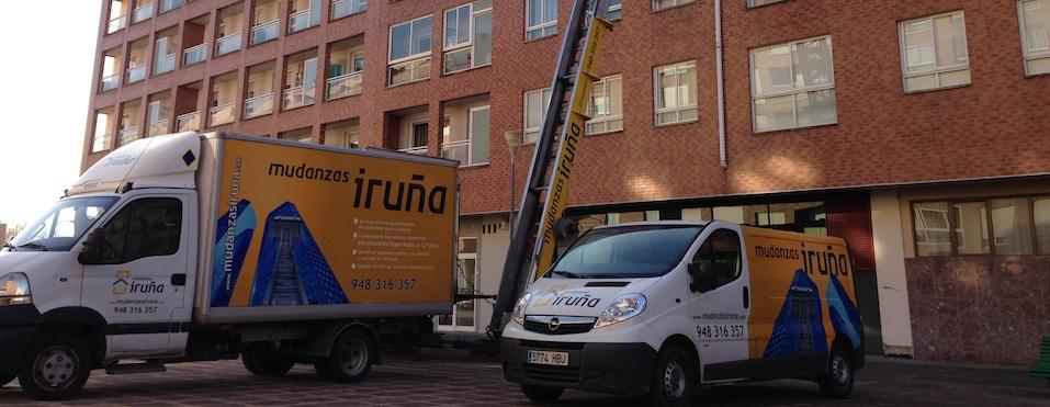 Vehículos y herramientas preparadas para tu mudanza en Pamplona