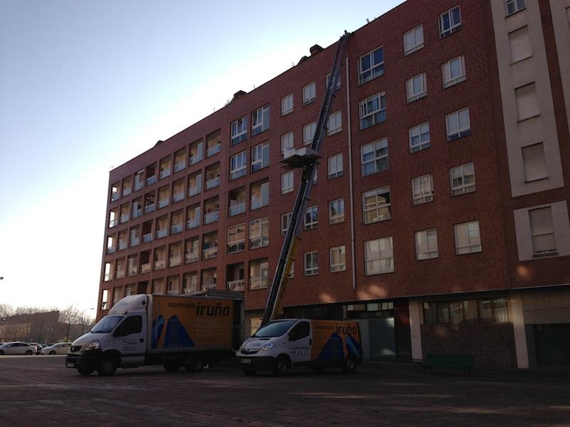 mudanzas-pamplona-edificio